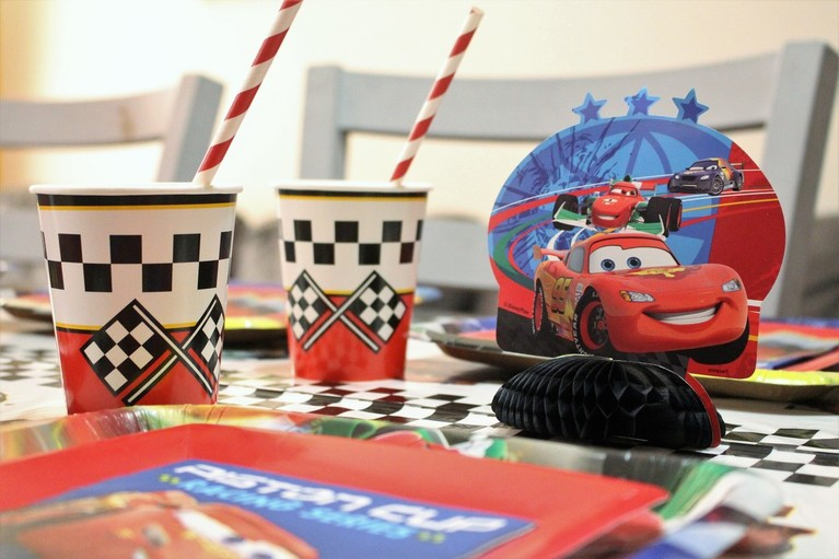 AARLÉN TURNS 4: DISNEY CARS BIRTHDAY PARTY - Table Decor #AliciaEverAfterBlog