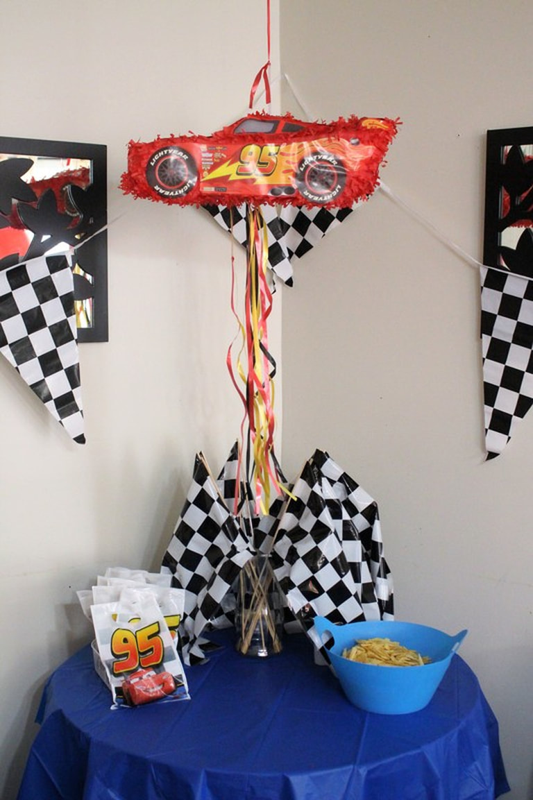 AARLÉN TURNS 4: DISNEY CARS BIRTHDAY PARTY - Pinata #AliciaEverAfterBlog