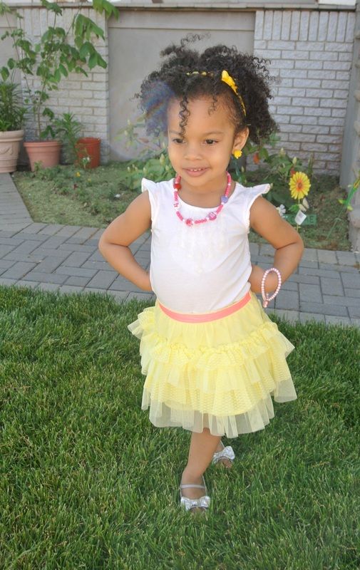Wordless Wednesday: Mini Chica Fashion in a Tiered Tulle Skirt