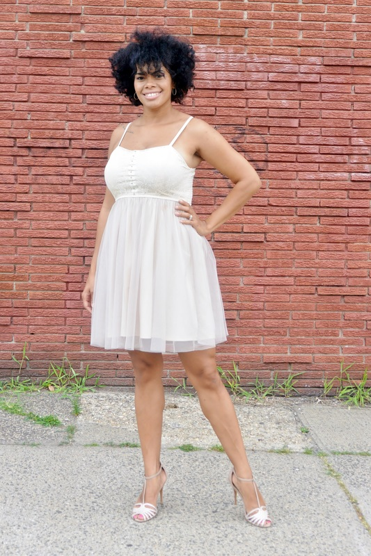 Alicia Gibbs: Chica Fashion: Ballerina Tulle Dress + Embellished T-Strap Sandals