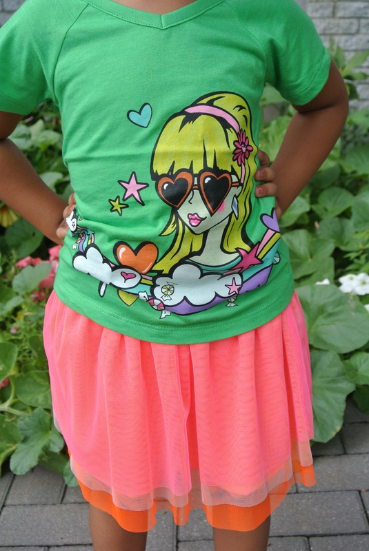 Mini Chica Fashion: Graphic Tee + Tulle Skirt