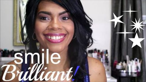 Alicia Gibbs: Review: Smile Brilliant Professional at Home Teeth Whitening Kit #ChicaFashionBlog