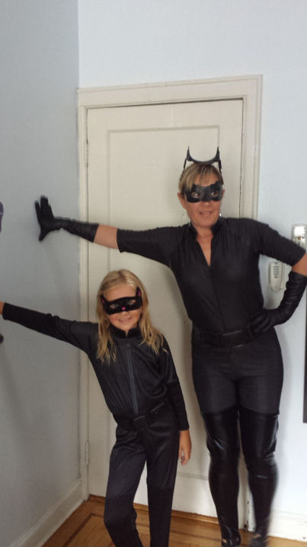 Alicia Gibbs: 12 DIY Family Themed Costumes - Batman the Dark Knight Rises + Catwoman