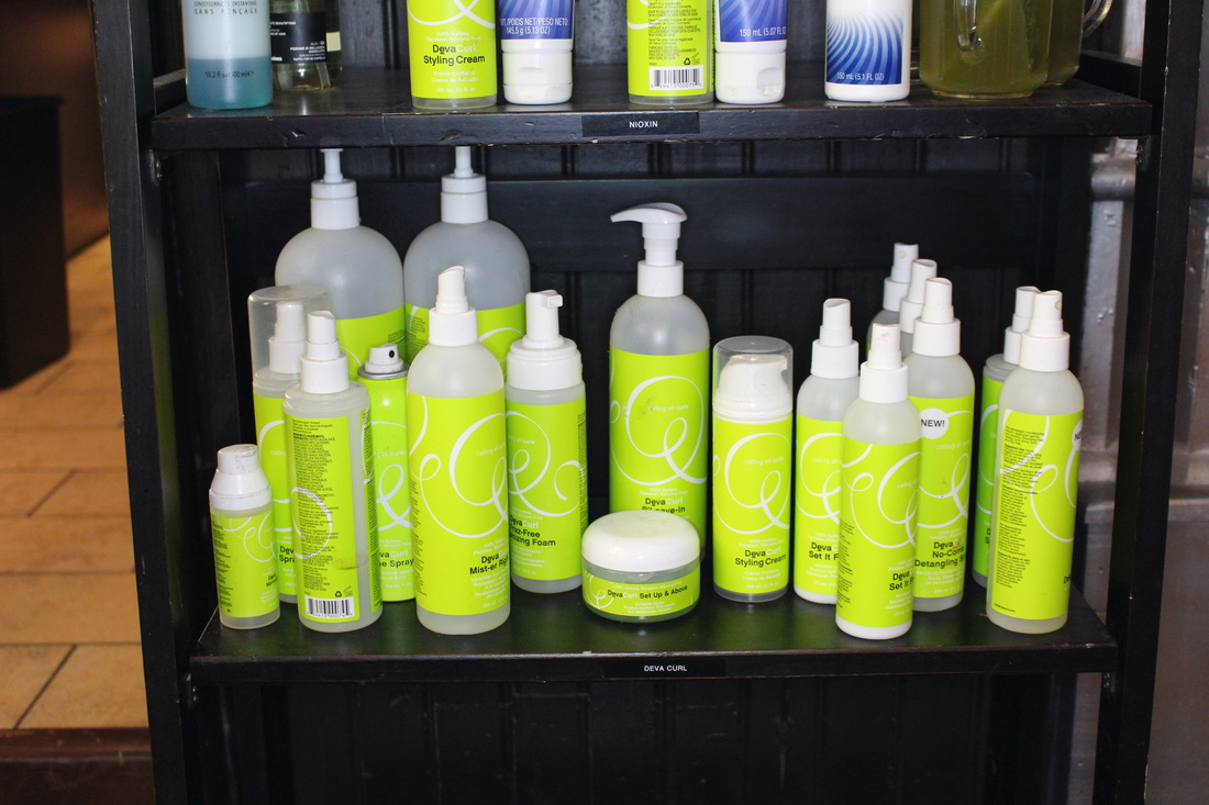 Alicia Gibbs: Devachan DevaCurl Cut Experience at Bangz Salon+ Spa + Giveaway! #chicafashionblog