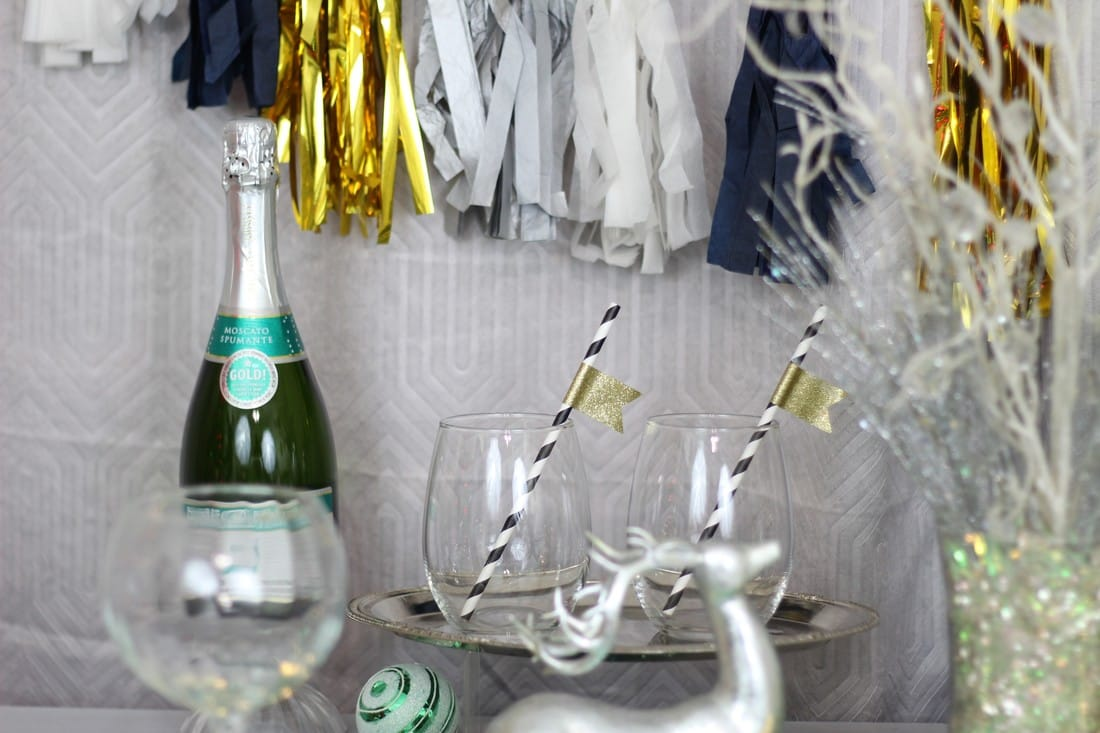 Alicia Gibbs: Cheers to the New Year: Strawberries, Champagne and Resolutions #ChicaFashionBlog