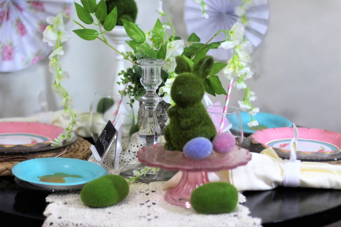 Alicia Gibbs: Enchanted Garden Easter Tablescape #ChicaFashionBlog